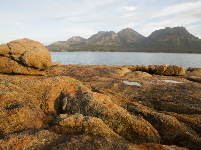 Coles Bay to the Hazards in Freycinet National Park Stretched Canvas Print