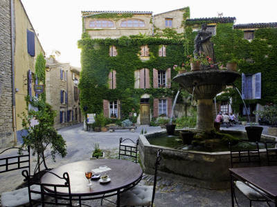 Place De La Fontaine in the Hilltop Village of Saignon Stretched Canvas Print