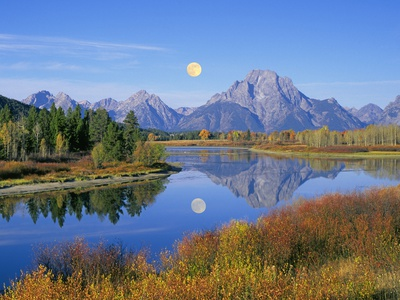 Full Moon Rising Over the Oxbow Bend Stretched Canvas Print