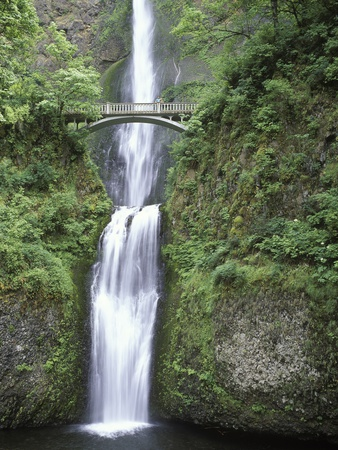 USA, Oregon, Columbia River Gorge Area, Scenic Waterfalls, Multonomah Falls Stretched Canvas Print