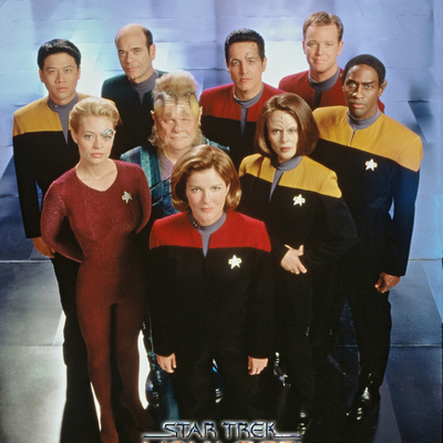 Star Trek: Voyager Cast Stretched Canvas Print