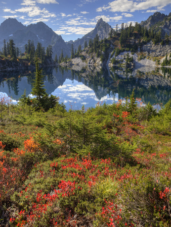 Gem Lake, Alpine Lakes Wilderness, Washington, Usa Stretched Canvas Print