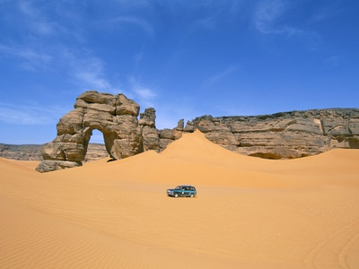 Afzgar Arch, Akakus, Sahara Desert, Fezzan, Libya, North Africa, Africa Stretched Canvas Print