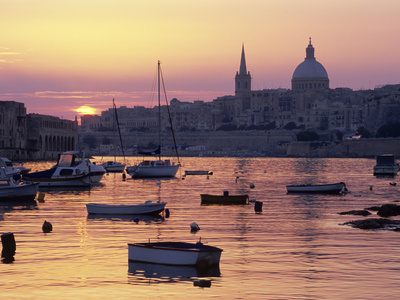 Sunrise over Msida Creek to Valletta with Dome of Carmelite Church, Valletta, Malta, Mediterranean, Stretched Canvas Print