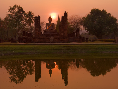 Wat Mahathat, Sukhothai Historical Park, UNESCO World Heritage Site, Sukhothai Province, Thailand,  Stretched Canvas Print