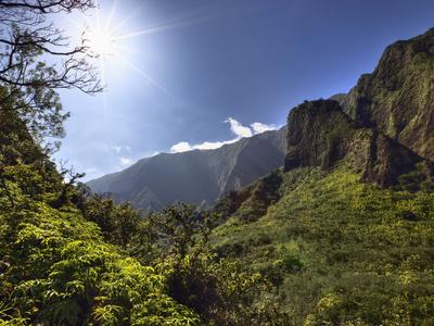 Iao Needle at Kepaniwai County Park, Iao Valley, Maui, Hawaii, USA Stretched Canvas Print