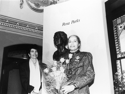 Rosa Parks, Sculpture at its Unveiling, Smithsonian Institute's National Portrait Gallery, 1991 Stretched Canvas Print
