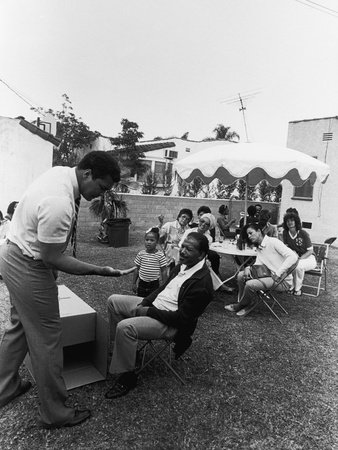 Muhammad Ali Performs a Magic Trick, 1981 Stretched Canvas Print