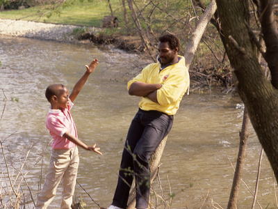 Walter Payton and Son Jarrett, 1986 Stretched Canvas Print