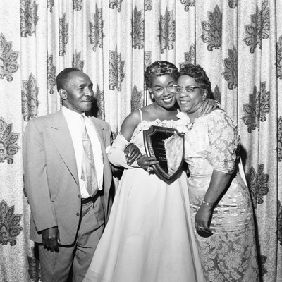 Sarah Vaughan celebrating Sarah Vaughan Day with her parents - 1957 Stretched Canvas Print