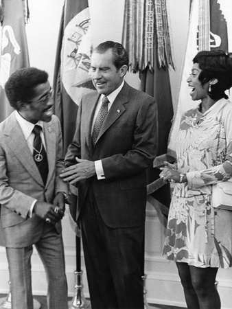Sammy Davis Jr., Richard Nixon - 1971 Stretched Canvas Print