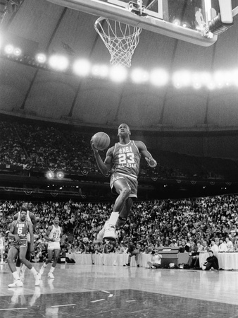 Michael Jordan - 1987 Stretched Canvas Print