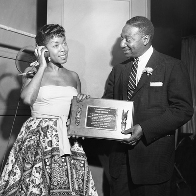 Sarah Vaughan Receives Honor - Chicago 1955 Stretched Canvas Print