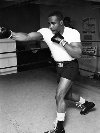 Sonny Liston - 1962 Stretched Canvas Print