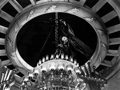 Phantom Of The Opera, Claude Rains, 1943, Chandelier Stretched Canvas Print