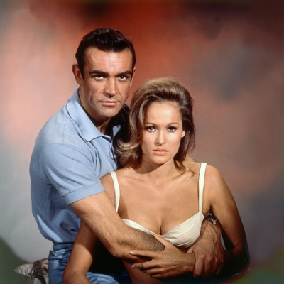 Dr No 1962 Directed by Terence Young Sean Connery / Ursula Andress Stretched Canvas Print