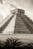 ¡Viva Mexico! B&W Collection - El Castillo Pyramid IV - Chichen Itza