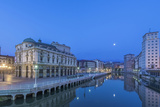 Spain  Bilbao  Arriaga Theater and Nervion River at Dawn