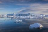 Greenland  Disko Bay  Ilulissat  Floating Ice at Sunset