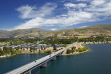 Deadman's Point Bridge and Lake Dunstan  Cromwell  Central Otago  South Island  New Zealand