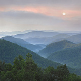 Sunrise over Pisgah National Forest from Blue Ridge Parkway  North Carolina  Usa