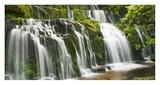 Waterfall Purakaunui Falls  New Zealand