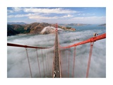 Painter on the Golden Gate Bridge  San Francisco