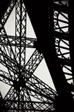 Eiffel Tower Latticework II Tableau sur toile par Erin Berzel