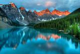 Moraine Lake Sunrise Colorful Landscape Tableau sur toile par JamesWheeler