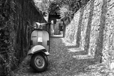 Vespa In Alley Amalfi, Italy Poster Tableau sur toile