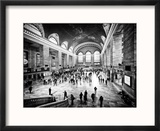 Lifestyle Instant, Grand Central Terminal, Black and White Photography Vintage, Manhattan, NYC, US Reproduction encadrée par Philippe Hugonnard