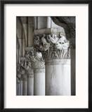 Columns of the Doge's Palace Reproduction encadrée par Tom Grill