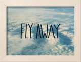 Fly Away Clouds Reproduction encadrée par Leah Flores