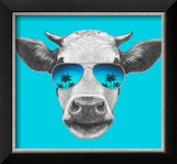 Portrait of Cow with Mirror Sunglasses. Hand Drawn Illustration. Reproduction encadrée par Victoria_novak