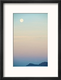 The Full Moon at Moonset over the British Virgin Islands Reproduction encadrée par Heather Perry
