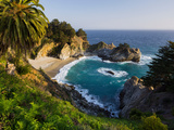 Mcway Falls  Mcway Cove  Julia Pfeiffer Burns State Park  California  USA