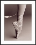Black and White Image of Ballerina on Point