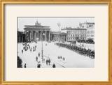 Pariser Platz and Brandenburger Thor (Paris Place and Brandenburg Gate)