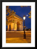 Twilight at Arch De Triomphe  Paris  France