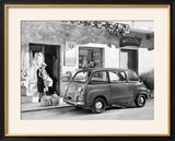 Fiat 600 Multipla Outside a Shop  (C1955-C1965)