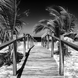 Cuba Fuerte Collection SQ BW - Wooden Jetty on the Beach