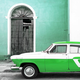 Cuba Fuerte Collection SQ - American Classic Car White and Green