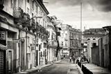 Cuba Fuerte Collection B&W - Street Scene in Havana Centro