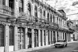 Cuba Fuerte Collection B&W - Car on Street of Havana