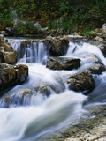 Stream Cascading over Boulders