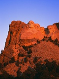 Mount Rushmore Memorial at Dusk