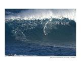 Shaun Dickson surfing Jaws  Maui  2005   A