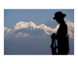 Gurkha soldier statue with Kangchenjunga mountain