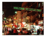 Welcome to Little Italy at Christmas !