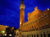 Imposing Torre Del Mangia and Palazzo Pubblico by Night  Siena  Tuscany  Italy
